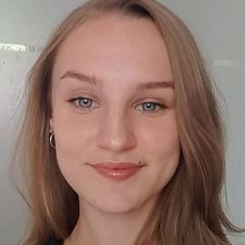 Emilie Delisée | Emilie Delisée | Etudiante en troisième année à la Sorbonne | Qwerteach - Le bon prof au bon moment | Qwerteach - Le bon prof au bon moment
